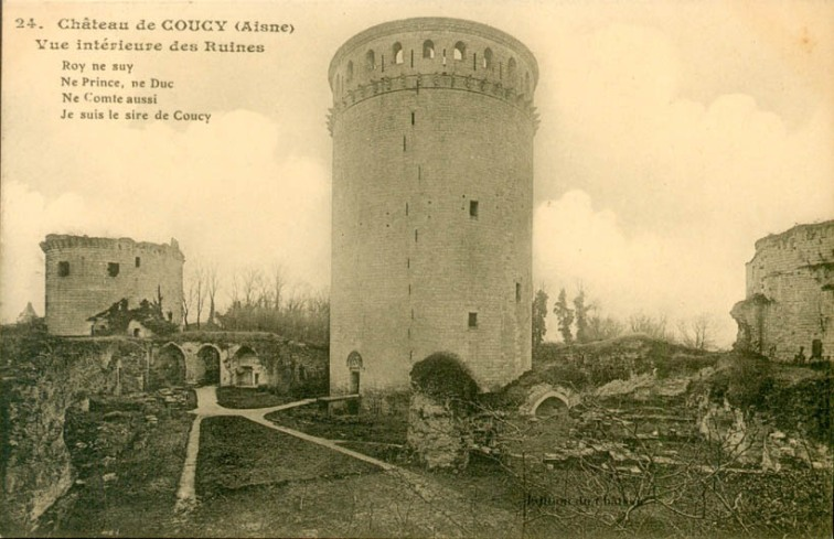 Prewar postcard of the donjon of Coucy-le-Chateau