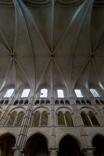 Springing of the sexpartite vaulting at Cathédrale Notre Dame de Laon