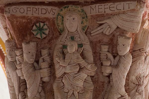 Gofridus me fecit, Collégiale Saint Pierre, Chauvigny (Vienne)  Photo by PJ McKey