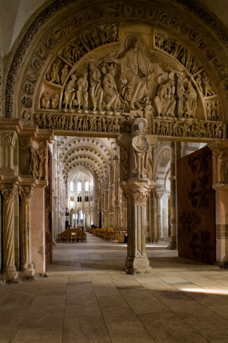 Narthex, Basilique Sainte Madeleine, Vézelay (Yonne)  Photo by Dennis Aubrey