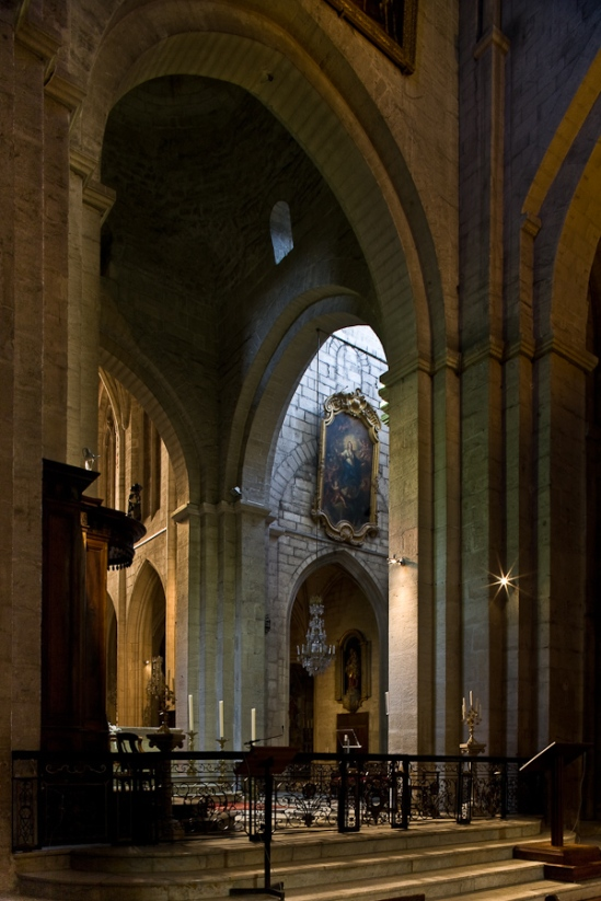 Chancel of Cathédrale Saint-Trophime (Photo by PJ McKey)