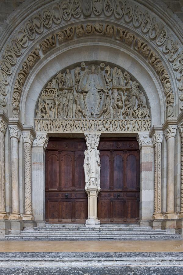 Cathédrale Saint Lazare, Autun (Côte-d'Or) Photo by Dennis Aubrey