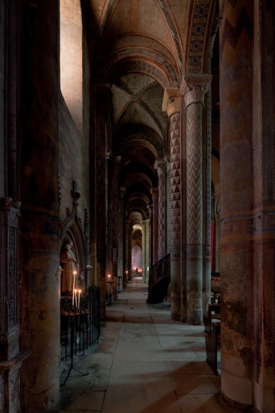 Side aisle of Notre Dame la Grande, Poitiers  (Vienne)  Photo by Dennis Aubrey