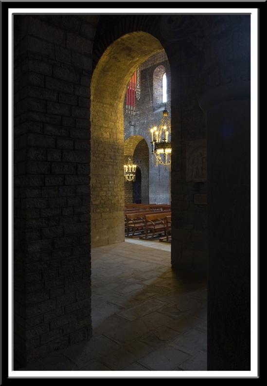 Side aisles of Monastir de Santa Maria de Ripoll, Photo by Dennis Aubrey