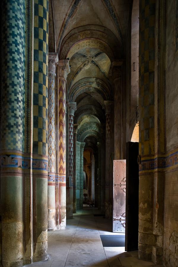 South side aisle, Notre Dame la Grande, Poitiers  (Vienne)  Photo by PJ McKey