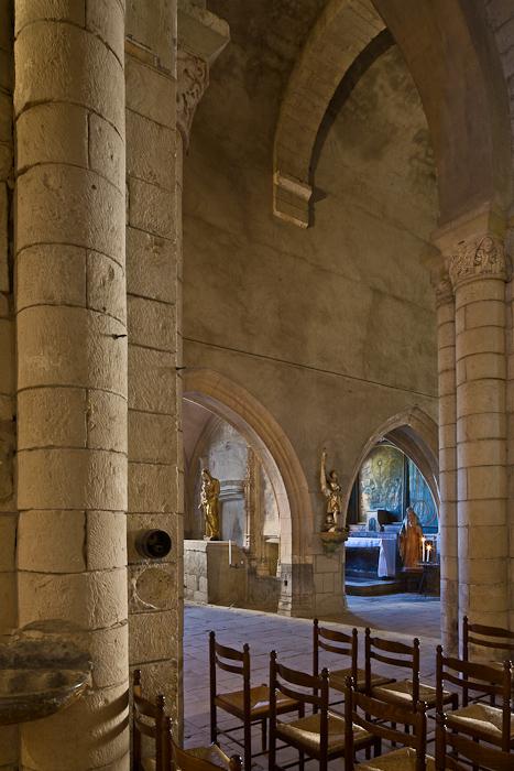 View across nave to side chapels, Église Saint Pierre de Carennac  (Photo by PJ McKey)