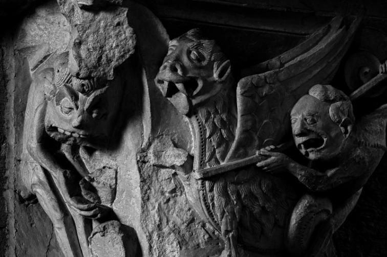 Two Demons Fighting, Basilique Sainte Madeleine, Vézelay  (Yonne)  Photo by Dennis Aubrey