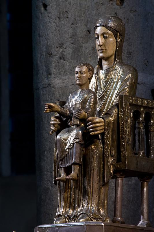 Notre Dame des Fers, Notre Dame d'Orcival (Puy-de-Dôme)  Photo by Dennis Aubrey