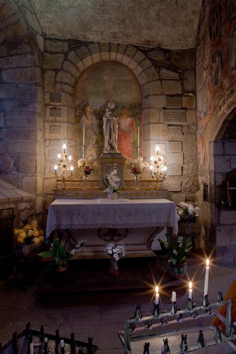North side chapel, Église Saint-Laurent d'Auzon, Auzon (Haute-Loire)  Photo by Dennis Aubrey