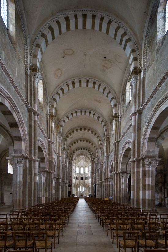 Basilique Sainte Madeleine, Vézelay (Yonne)  Photo by Dennis Aubrey