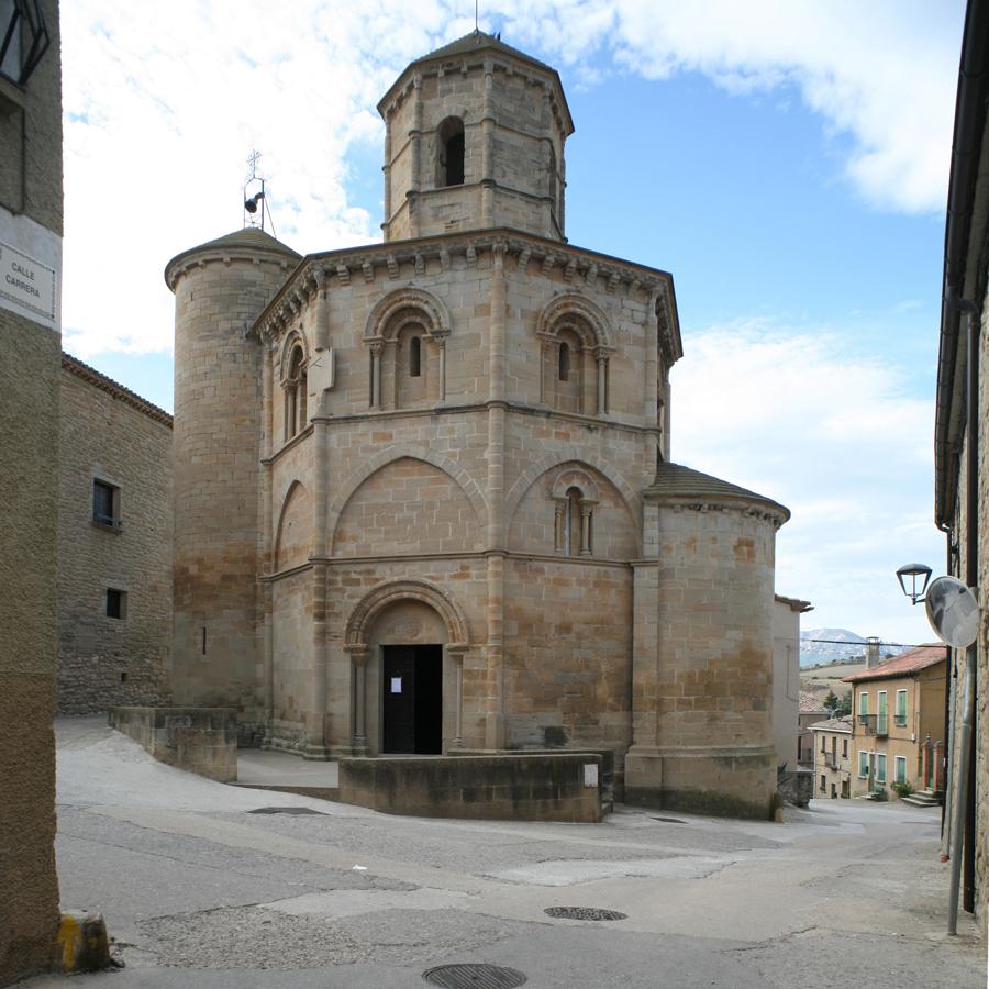 la iglesia del santo sepulcro  torres del rio  navarra