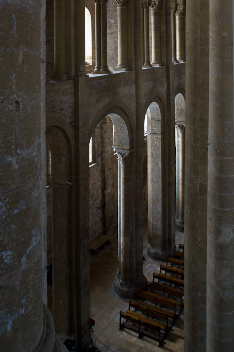 Alternating piers and columns, Basilique Sainte Foy, Conques (Aveyron)  Photo by Dennis Aubrey