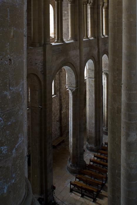 Alternating piers and columns, Basilique Sainte Foy, Conques (Aveyron)  Photo by Dennis Aubrey