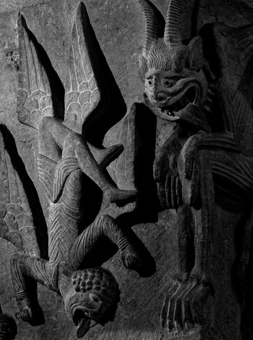 Fall of Simon Magus, Cathédrale Saint Lazare, Autun (Côte-d'Or)  Photo by Dennis Aubrey