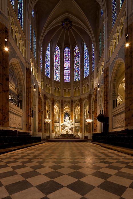 Apse, Cathédrale Notre Dame de Chartres, Chartres (Eure-et-Loir)  Photo by Dennis Aubrey