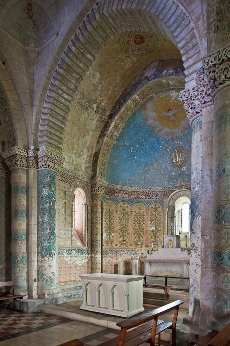 Apse, Église Saint Sulpice, Marignac (Charente-Maritime)  Photo by PJ McKey