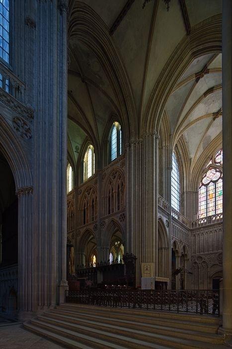 Chancel, Cathédrale Notre-Dame de Bayeux, Bayeux (Calvados). Photos by Dennis Aubrey