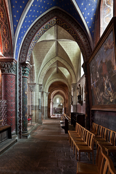 Ambulatory, Église Saint George, Bourbon-l'Archambault (Allier) Photo by PJ McKey
