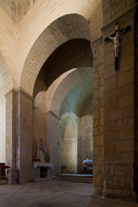 North transept with double arches, Église Saint-Vivien de Geay, Geay (Charente-Maritime)  Photo by Dennis Aubrey