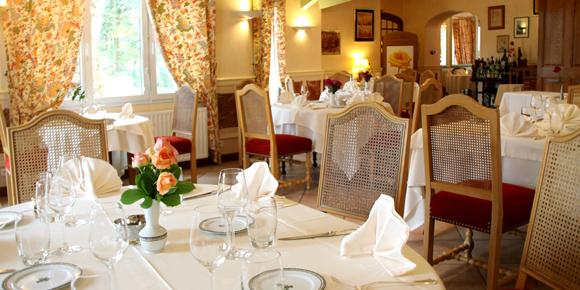 Restaurant of the Hostellerie Bressane, Cuisery