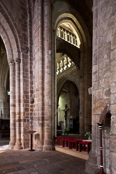 Romanesque crossing, Notre Dame-du-Bon-Secours, Guingamp (Côtes-d'Armor) Photo by PJ McKey
