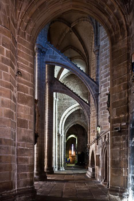 North side aisle, Notre Dame-du-Bon-Secours, Guingamp (Côtes-d'Armor) Photo by PJ McKey