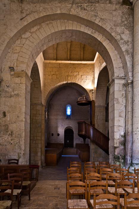 Église Saint-Vivien de Geay, Geay (Charente-Maritime) Photo by PJ McKey
