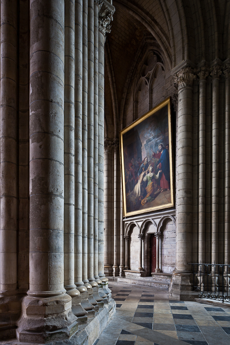 Ambulatory, Cathédrale Saint-Étienne de Sens (Yonne)  Photo by PJ McKey