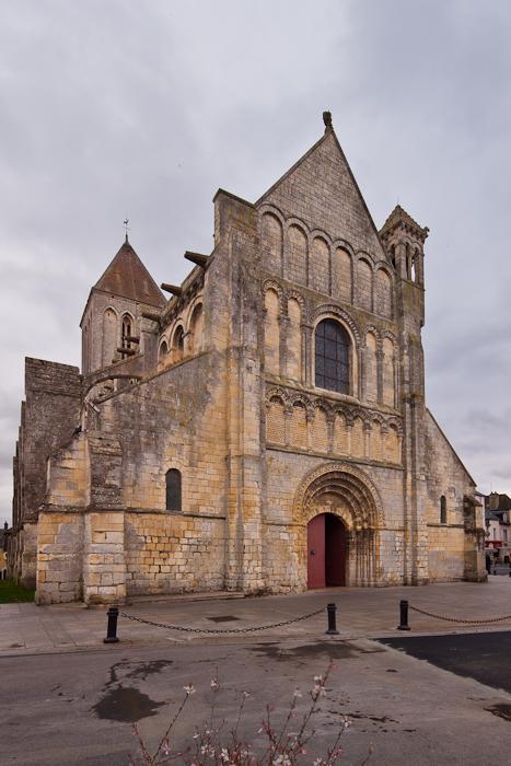 West facade, Église Saint-Samson de Ouistreham, Ouistreham (Calvados)  Photo by Dennis Aubrey