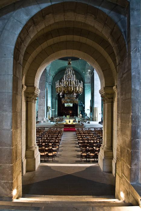 Cathédrale Saint Front, Périgueux (Dordogne)  Photo by PJ McKey