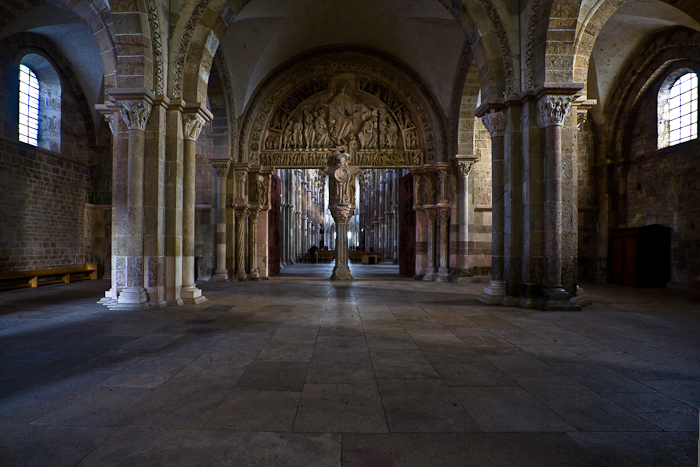 Narthex,  Basilique Sainte Madeleine,Vézelay (Yonne)  Photo by PJ McKey