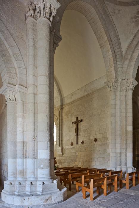 Apse, Église Sainte Radegonde, Talmont (Charente-Maritime)  Photo by PJ McKey