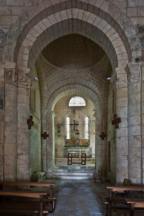 Apse, Église Saint Eutrope, Biron (Charente-Maritime)  Photo by PJ McKey