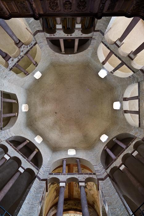 Dome, Abbaye de Bénédictines Sainte-Marie, Saint-Pierre, Saint-Paul, Ottmarsheim (Haut-Rhin)  Photo by Dennis Aubrey