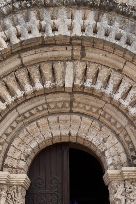 Portal detail, Église Saint Fortunat, Saint Fort-sur-Gironde (Charente-Maritime) Photo by Dennis Aubrey