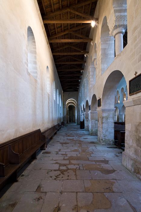 North side aisle, Eglise Saint-Étienne, Vignory (Haute-Marne)  Photo by Dennis Aubrey