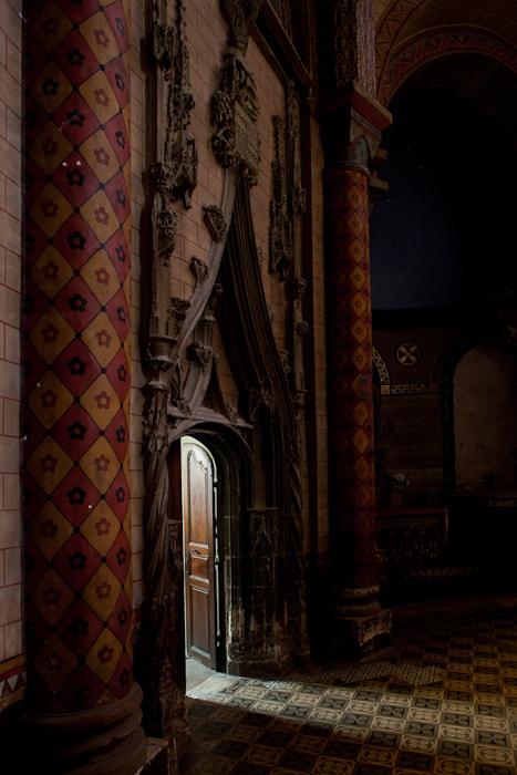 Cathédrale Saint-Etienne, Cahors (Lot)  Photo by Dennis Aubrey