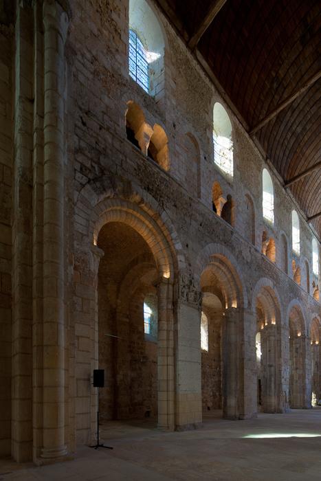 Nave arcades, Abbatiale Notre Dame de Bernay, Bernay (Eure)  Photo by Dennis Aubrey