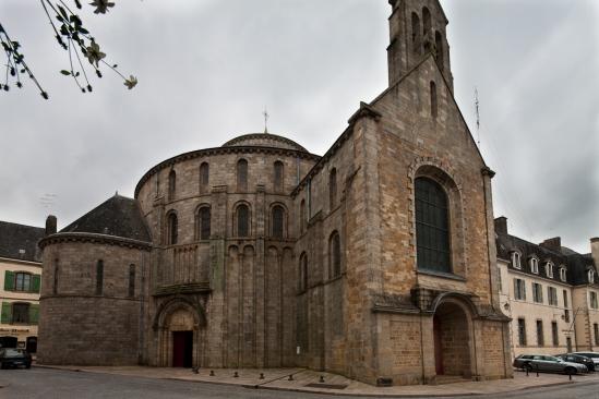Église Sainte Croix, Quimperlé (Finistère)  Photo by Dennis Aubrey