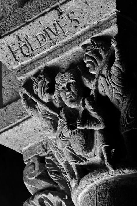 Fol Dives,  Notre Dame d'Orcival, Orcival (Puy-de-Dôme)  Photo by PJ McKey