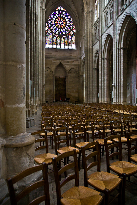 North transept, Cathédrale Saint Etienne, Auxerre (Yonne) Photo by PJ McKey