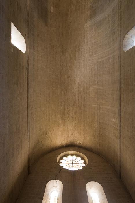 Barrel vault, Abbaye de Senanque, Senanque (Vaucluse)  Photo by Dennis Aubrey