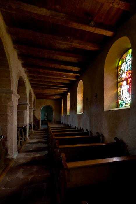 South side aisle, Eglise Saint Ulrich, Altenstadt (Bas-Rhin)  Photo by Dennis Aubrey