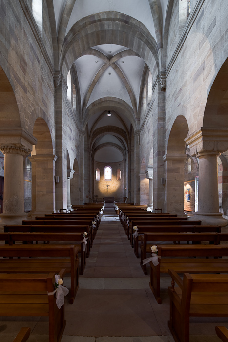 Nave, Eglise Saint Pierre et Saint Paul, Rosheim (Bas-Rhin)  Photo by Dennis Aubrey