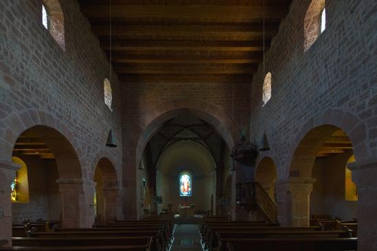 Nave, Eglise Saint Ulrich, Altenstadt (Bas-Rhin), Photo by Dennis Aubrey
