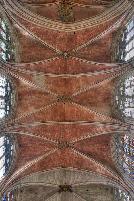 Quadripartite vault, Cathédrale Saint-Étienne, Auxerre (Yonne)  Photo by Dennis Aubrey