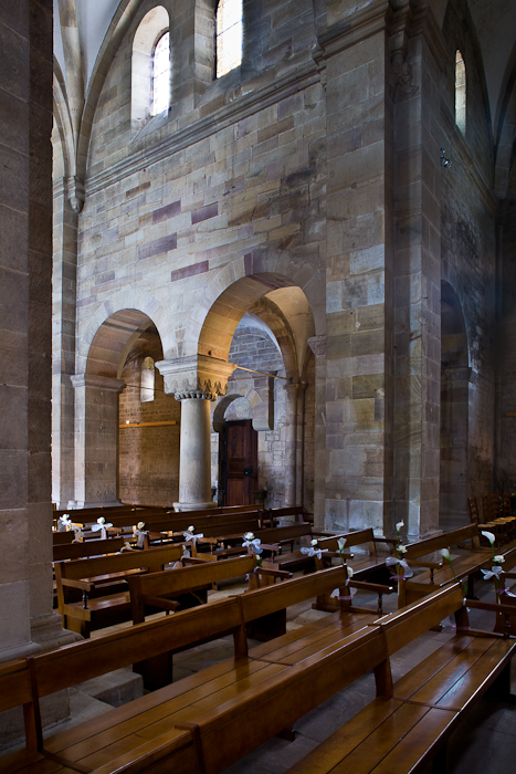 Nave arcade, Eglise Saint Pierre et Saint Paul, Rosheim (Bas-Rhin)  Photo by PJ McKey