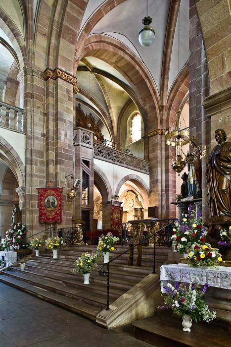 Choir,  Église Saint Pierre et Saint Paul, Andlau (Bas-Rhin) Photo by PJ McKey