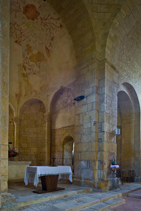 Apse, Église Saint Léonce, Saint-Léon-sur-Vézère (Dordogne) Photo by PJ McKey