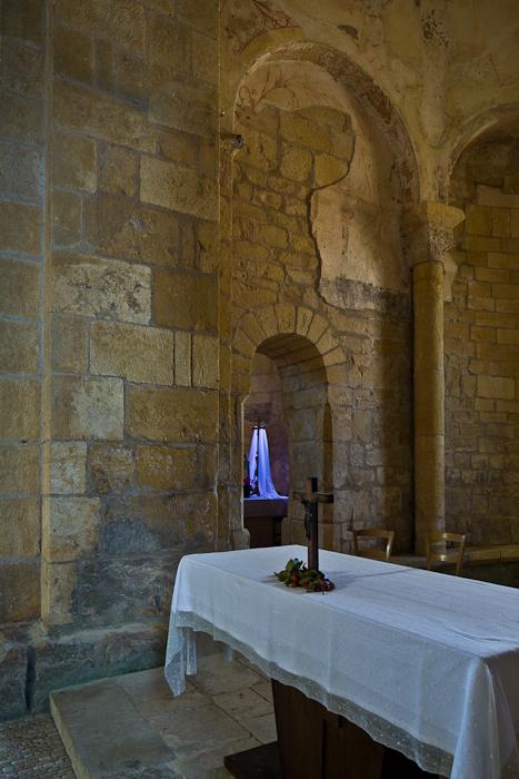 Altar detail, Église Saint Léonce, Saint-Léon-sur-Vézère (Dordogne) Photo by PJ McKey